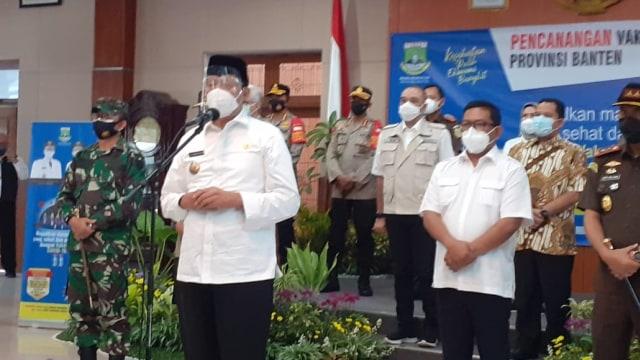Kapolda Banten hingga Bupati Lebak Batal Disuntik Vaksin, Tensi Darah Tinggi (378561)