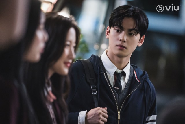 Intip Romansa Cinta Segitiga Drama Korea True Beauty, Kamu Tim Suho atau Seojun? (69562)