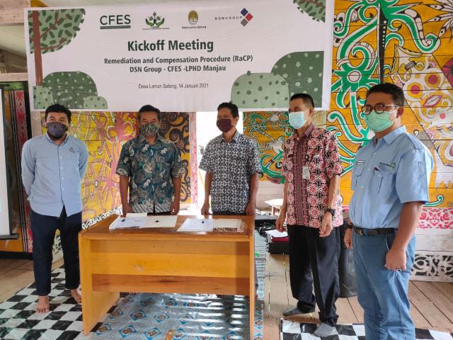 DSN Group Danai Konservasi Hutan Berbasis Masyarakat di Laman Satong, Kalbar (426140)