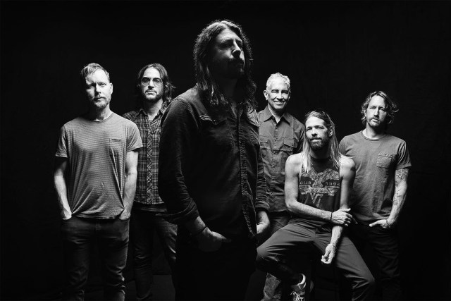 Foo Fighters Rayakan Ulang Tahun Ke-25 Lewat Sneakers Kolaborasi sama Vans (245427)