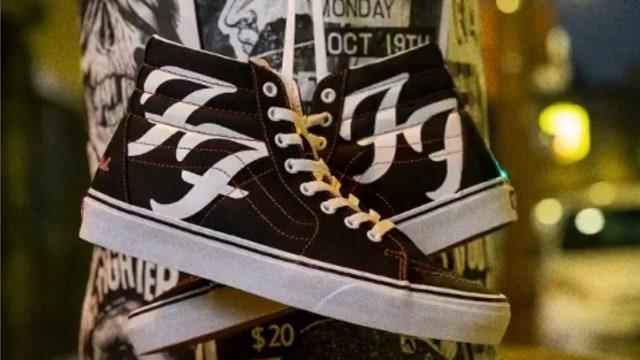 Foo Fighters Rayakan Ulang Tahun Ke-25 Lewat Sneakers Kolaborasi sama Vans (245426)