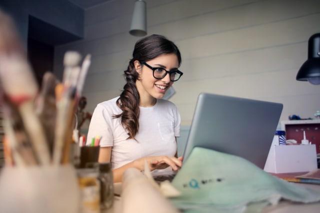 Mengembangkan Koneksi Profesional di Dunia Virtual (417154)