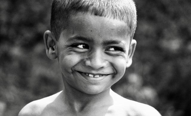Hadis Tentang Keutamaan Indahnya Senyuman (283534)