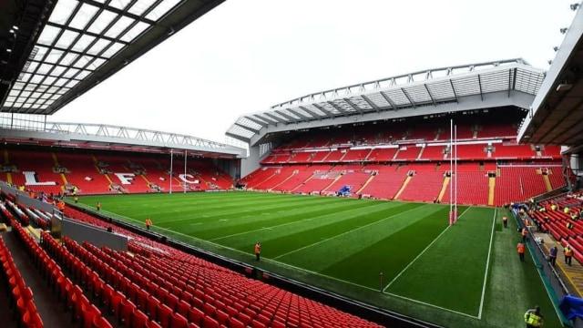 Fans Liverpool Terbelah Terkait Pemasangan Spanduk Marcus Rashford di Anfield (424538)
