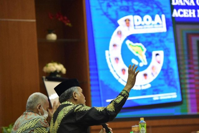 Pemerintah Aceh Luncurkan Buku DOA, Berisi Kumpulan Data Penggunaan Dana Otsus (415139)