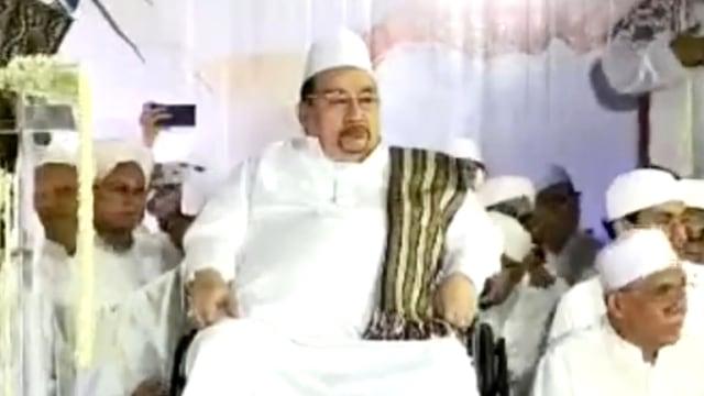 Keluarga Habib Ali bin Abdurrahman Assegaf Minta Jemaah Doakan dari Rumah (585)
