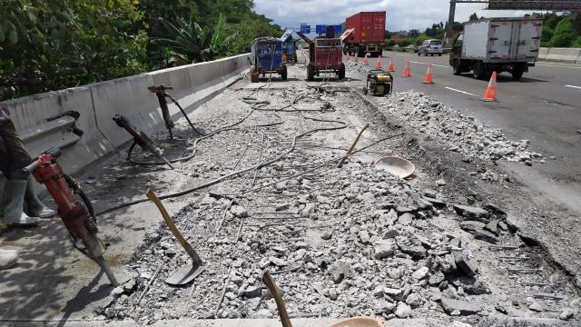 Berita Populer: Perbaikan Jalan di Tol Jagorawi; Fitur ESS di Honda CBR150R (1182)