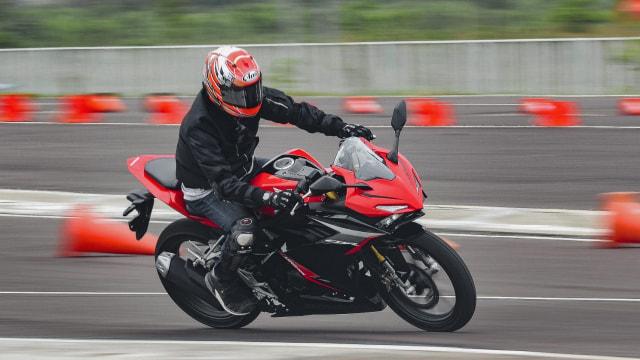 Berita Populer: Perbaikan Jalan di Tol Jagorawi; Fitur ESS di Honda CBR150R (1184)