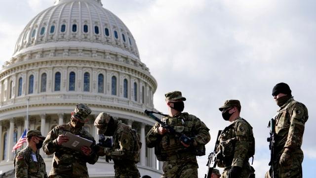 Pelaku Serangan Gedung Kongres AS Capitol Ditembak karena Bawa Pisau (388643)