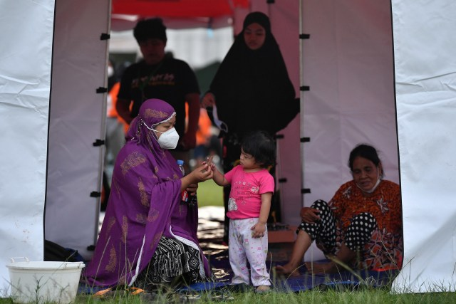 Pemprov Jateng Kirim 15 Relawan dan Bantuan Penanganan Gempa Sulbar (468211)