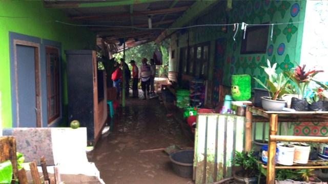 Ade Yasin Akan Bahas Relokasi Warga Terdampak Banjir Bandang Gunung Mas Puncak (119402)