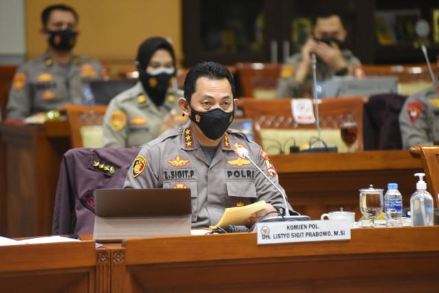 Janji Komjen Sigit Bawa Polri PRESISI 4.0: SIM Delivery; Polantas Tak Menilang (255429)