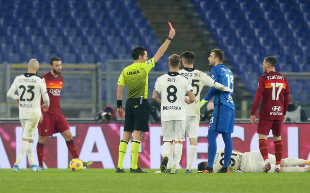Pelatih Roma Buka Suara soal Drama Kelebihan Ganti Pemain  (8678)