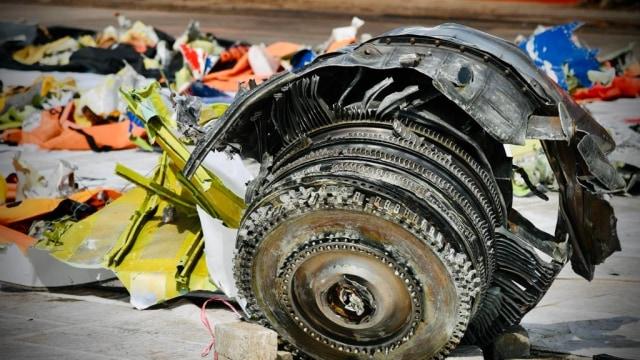 KNKT: Sriwijaya Air Terbang Setinggi 10.900 Kaki, Autopilot Tak Aktif Lalu Jatuh (2286)