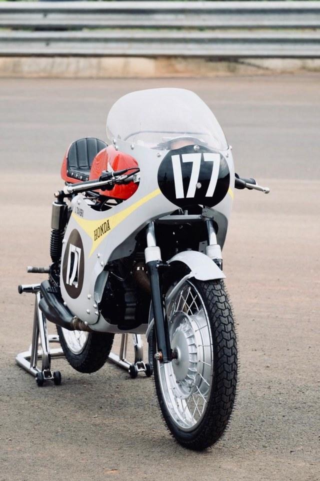 Bikin Pangling, Honda Verza Dirombak Jadi RC149, Modalnya Berapa? (17351)