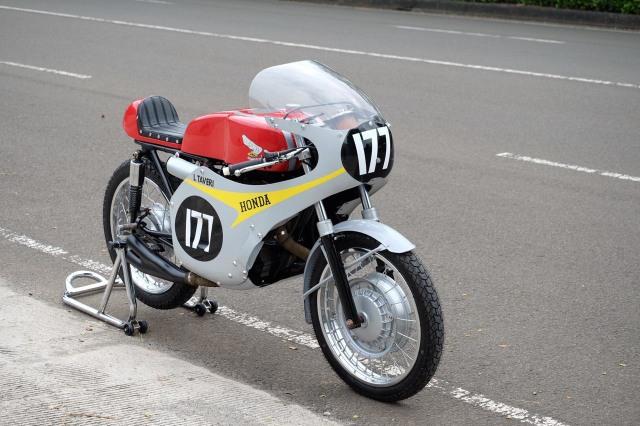 Bikin Pangling, Honda Verza Dirombak Jadi RC149, Modalnya Berapa? (17356)
