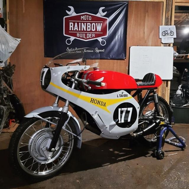 Bikin Pangling, Honda Verza Dirombak Jadi RC149, Modalnya Berapa? (17355)