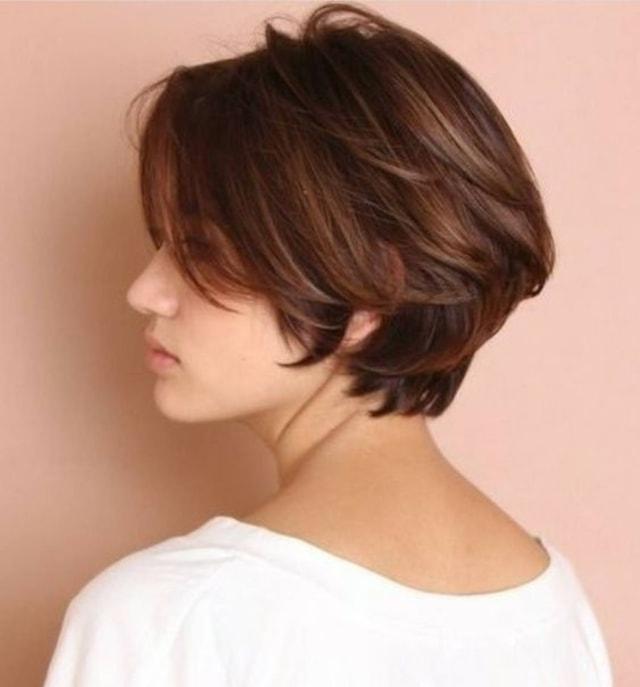 7 Model Rambut Pendek Wanita 2021 yang Diprediksi Akan ...