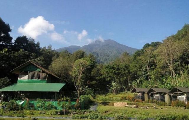 Menikmati Glamorous Camp di Herman Lantang Camp, Bogor (43857)
