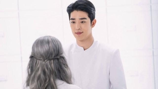 Dulu Pesepak Bola, Lee Chan Hyung Ungkap Alasannya Kini Berkarier Jadi Aktor (254612)