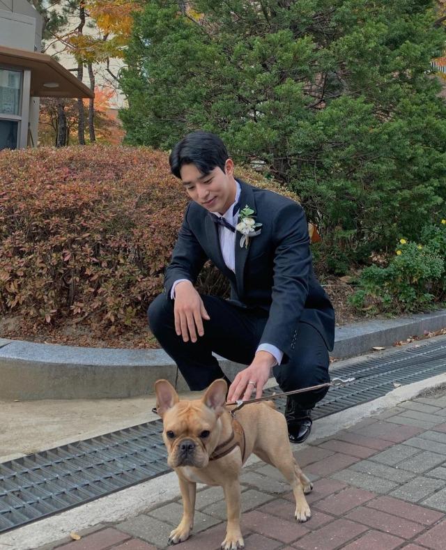 Dulu Pesepak Bola, Lee Chan Hyung Ungkap Alasannya Kini Berkarier Jadi Aktor (254614)
