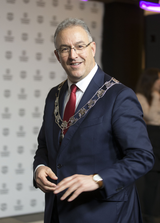Wali Kota Rotterdam, Aboutaleb, Raih Penghargaan World Mayor Prize 2021 (89551)