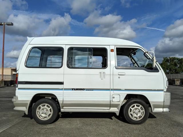 Suzuki Pernah Rilis Carry Turbo, Ini Spesifikasinya  (240088)
