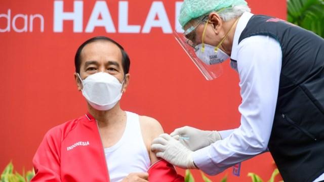 Tepat Hari Ini Jokowi dan Raffi Ahmad 6 Bulan Divaksin Sinovac, Imun Turun? (10623)