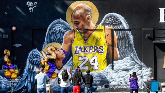 Foto: Penghormatan Satu Tahun Kematian Kobe Bryant (216230)