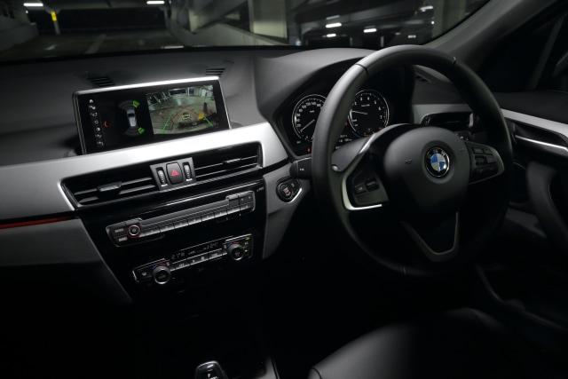Jadi SUV Termurah BMW, Apa Saja Fitur yang Ditawarkan X1 sDrive18i?  (17)