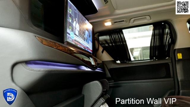 Segini Biaya Pasang Sekat Partisi Mewah di Dalam Mobil (142829)