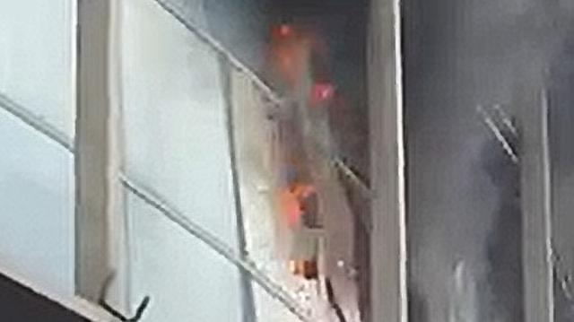 2 Satpam Terluka dan 3 Penjaga Toko Pingsan Akibat Kebakaran Bogor Trade Mall (48339)
