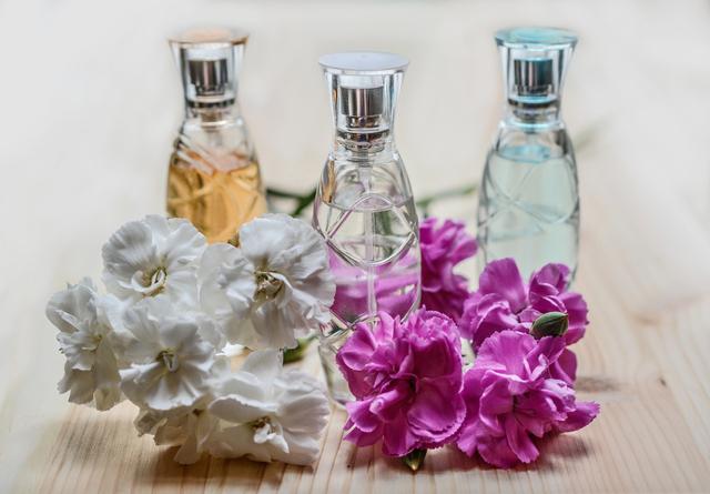 Bantu Pasien COVID-19 Kembalikan Penciuman, Ahli Parfum Buat Terapi Wewangian (401137)