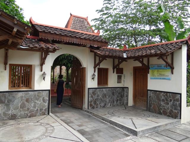 Joglo, Rumah Adat Jawa Tengah Tempat Para Bangsawan Terdahulu Tinggal (73103)