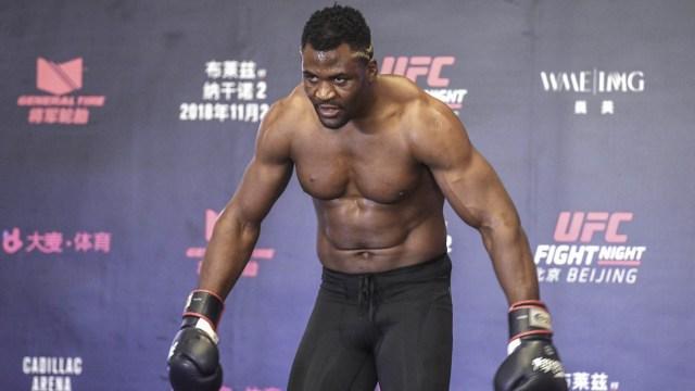 Terungkap! Ini 3 Kelemahan Jawara Kelas Berat Anyar UFC, Francis Ngannou (349)