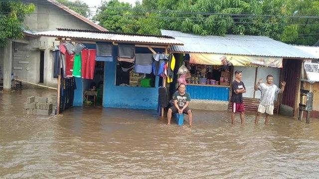 Ratusan Rumah Warga di Wolomarang, Sikka, Terendam Banjir (20528)