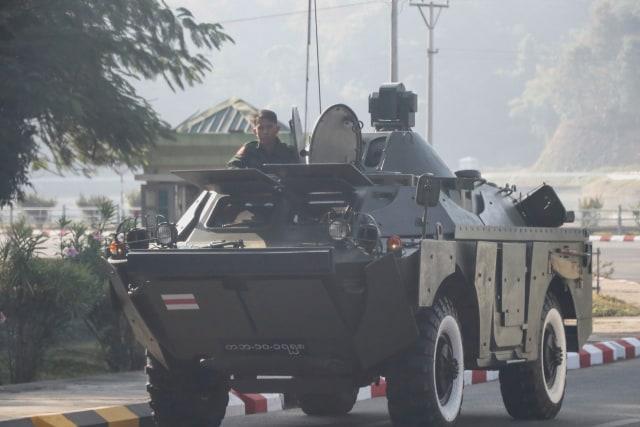 Pertempuran Antara Militer dan Pemberontak Myanmar Pecah di Perbatasan Thailand (567151)