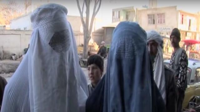 Yuk, Intip Berbagai Gaya Hijab dari Seluruh Dunia (29392)