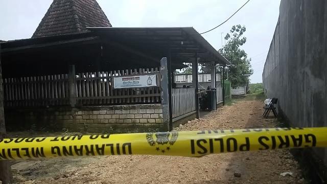Polisi Temukan Sidik Jari Pelaku Pembunuhan Keluarga Padepokan Ongko Joyo (228551)