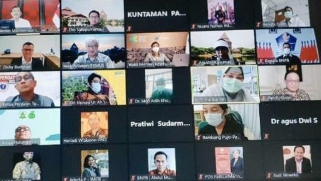 Luhut: Pasar Tanah Abang hingga Kramat Jati Akan Jadi Lokasi Vaksinasi Massal (255849)