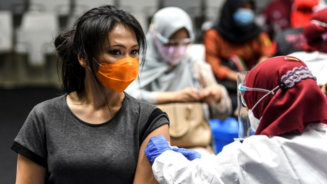 Vaksinasi Hari Ini Ditargetkan Capai 1 Juta Vaksin (625899)