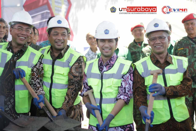 """Universitas Muhammadiyah Surabaya Jadi Kampus """"Termaju"""" se-Jawa Timur 2020 (30190)"""