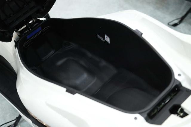 Foto: Yang Baru di All New Honda PCX 160 2021 (122663)