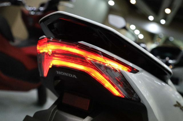 Foto: Yang Baru di All New Honda PCX 160 2021 (122661)