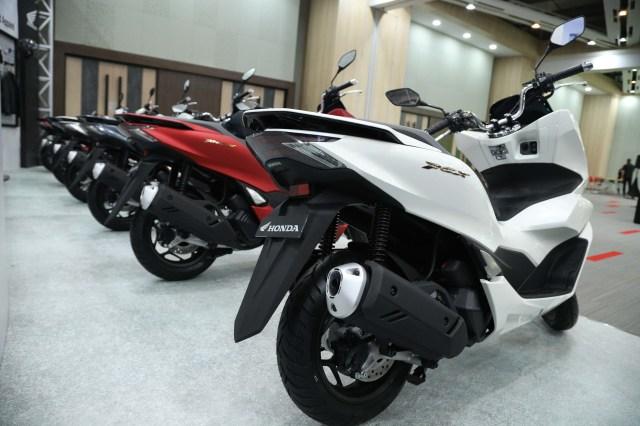 Foto: Yang Baru di All New Honda PCX 160 2021 (122653)