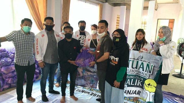 Taqy Malik Salurkan Bantuan Rp 400 Juta dari Ribuan Orang Baik (406155)