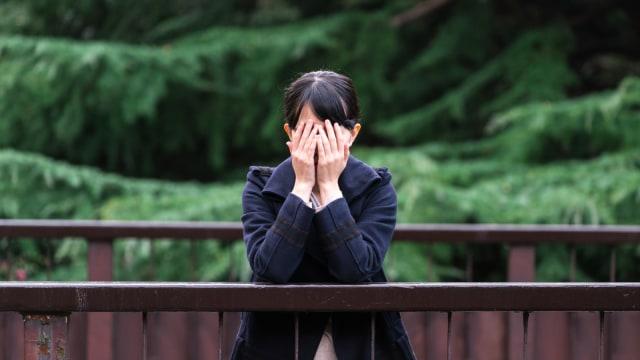 4 Cara Mengatasi Penyesalan dari Kesalahan Masa Lalu (186143)
