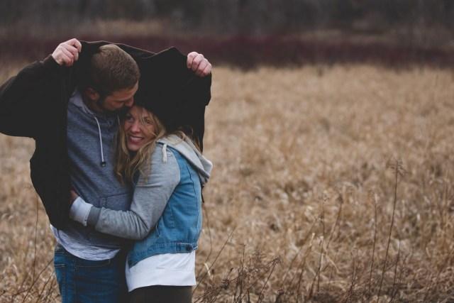 Tips Agar Pasanganmu Tidak Mudah Berpaling pada Cewek Lain Berdasarkan Zodiaknya (103246)