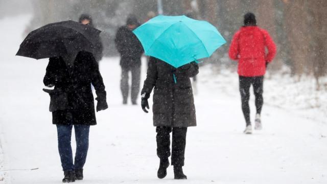 Badai Musim Dingin, Texas Alami Listrik Padam dan Kekurangan Air (104054)