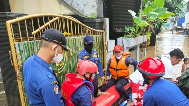 Wagub DKI Ungkap Penyebab Banjir di Pejaten Timur Lama Surut: Air dari Katulampa (71208)